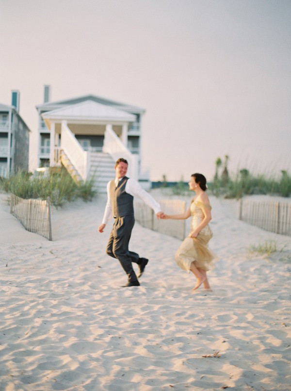 romantic-north-carolina-beach-wedding-88-600x806