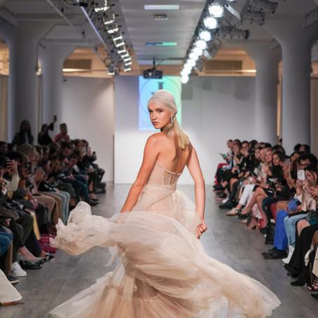 Um guia sobre as tendências de vestidos de noiva para 2020