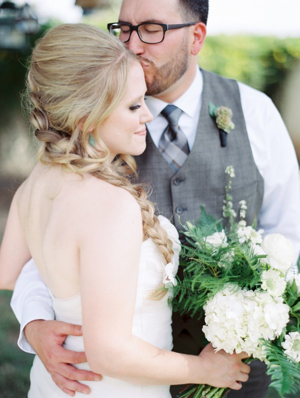 handcrafted-mismatched-backyard-wedding-10-600x797