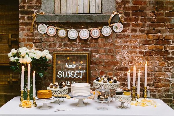 intimate-garden-restaurant-wedding-74-600x400
