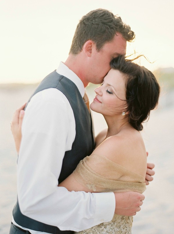romantic-north-carolina-beach-wedding-90-600x806