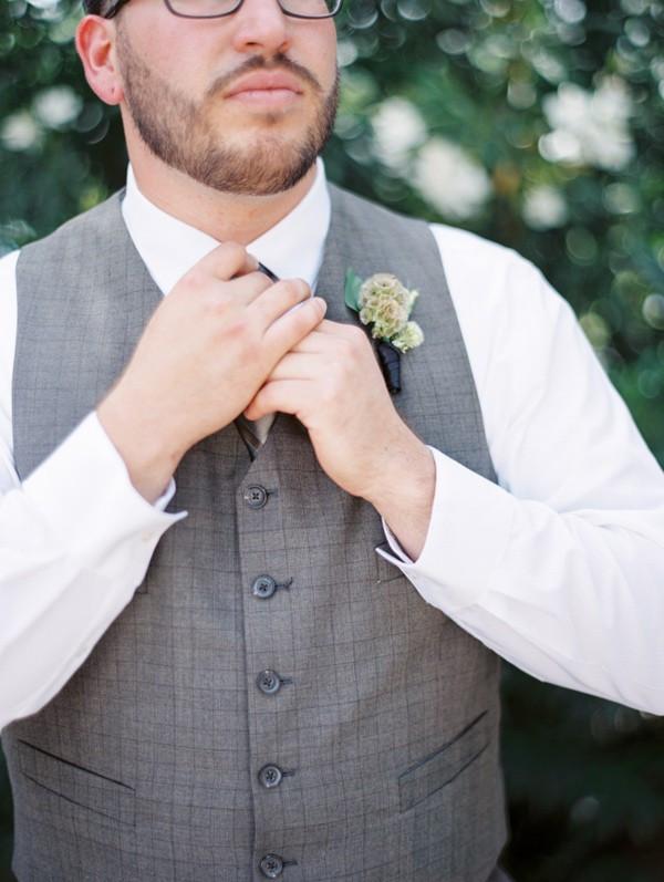 handcrafted-mismatched-backyard-wedding-22-600x797