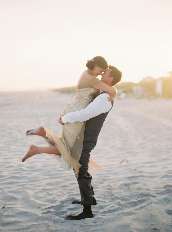 romantic-north-carolina-beach-wedding-99-600x806