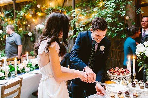 intimate-garden-restaurant-wedding-85-600x400