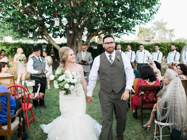 handcrafted-mismatched-backyard-wedding-35-600x450