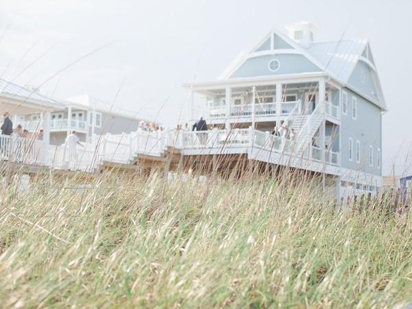 romantic-north-carolina-beach-wedding-87-600x450