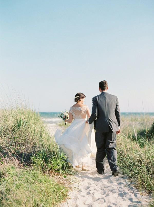 romantic-north-carolina-beach-wedding-52-600x806