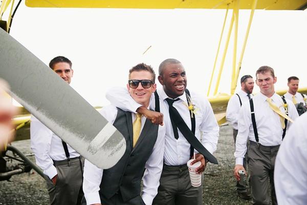 stormy-day-plane-hangar-wedding-10-600x400