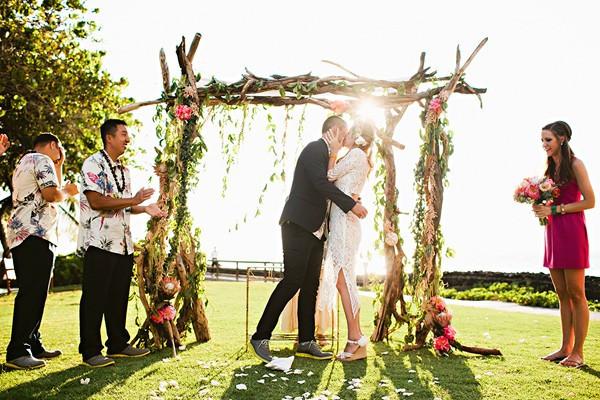 romantic-big-island-hawaii-wedding-60-600x400