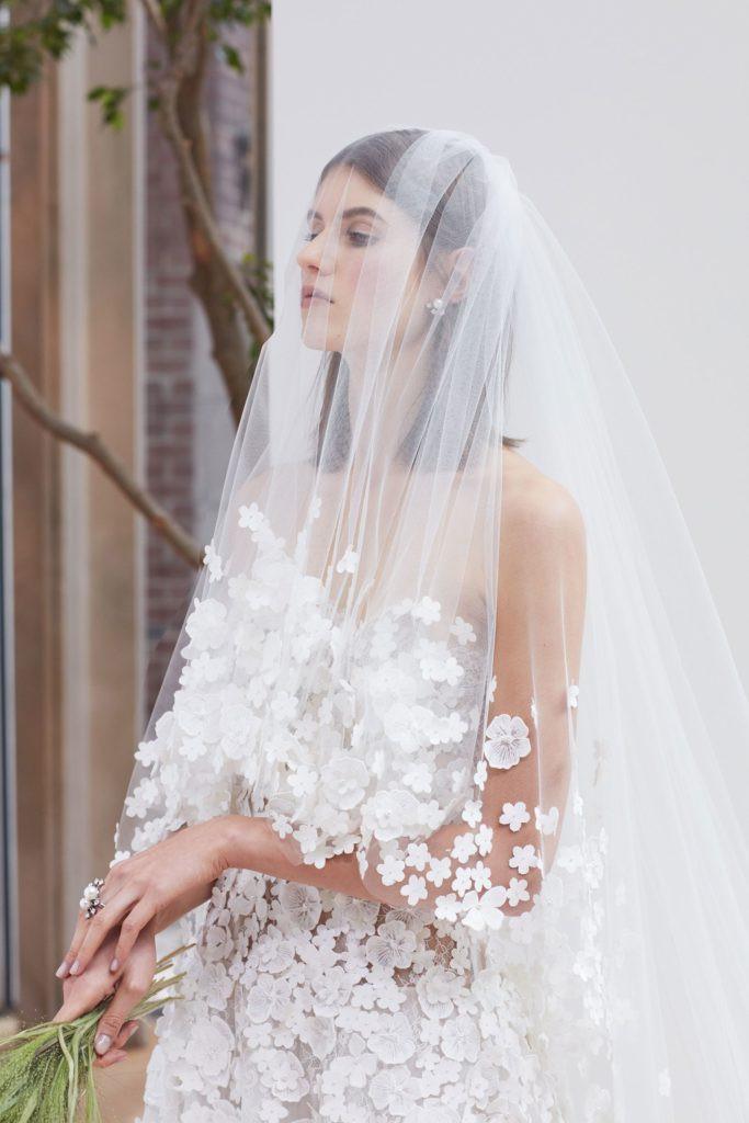 11-oscar-de-la-renta-bridal-2018-683x1024