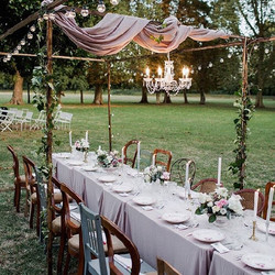 wedding venue around Bordeaux chateau with pool