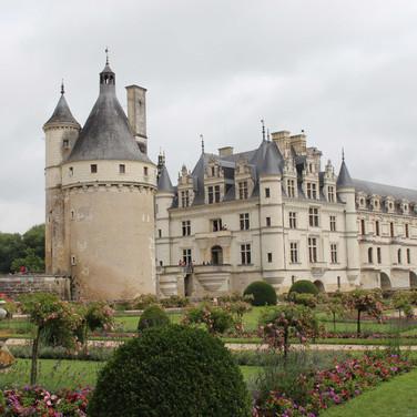 Castle rentals near Dordogne
