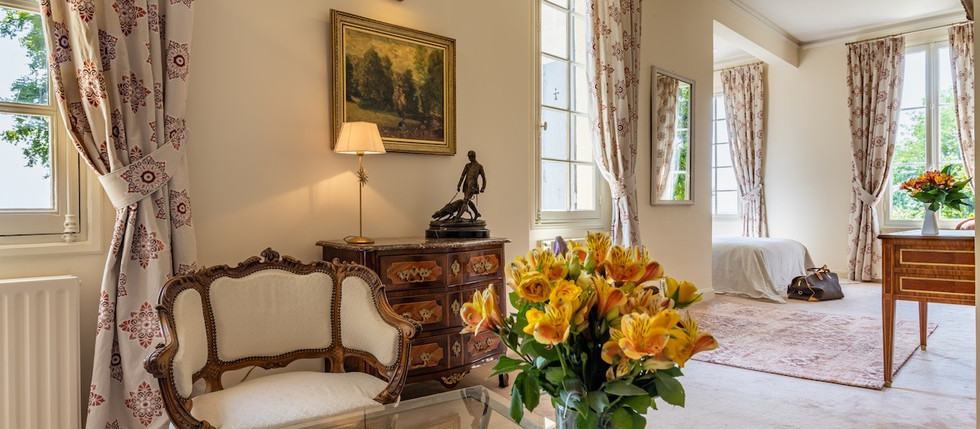 Château to rent for holiday rental in South of  France, with accommodation