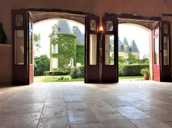 Wine tour with activities planning in Castle to rent near bordeaux