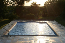 Villa to rent with pool, accommodation & Vineyard view in south west France