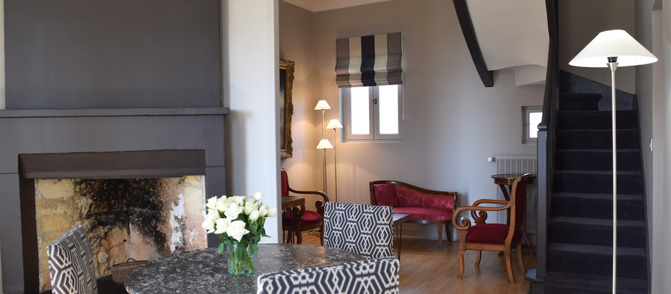 large holiday rental in South of France with accommodation