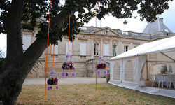 castle to rent for wedding venue & holidays around Bordeaux, South of France with pool & accommodati