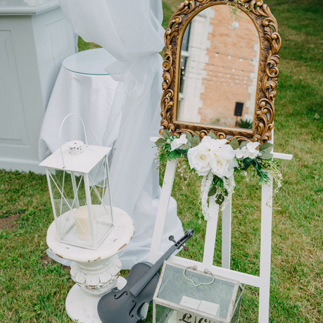 Romantic French Wedding Caslte around bordeaux