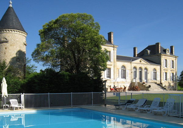Bordeaux vineyards Chateau to rent for wedding venue in France