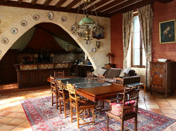 self-catering chateau to rent with pool for wedding venues near Bordeaux