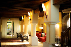 large wedding venue for big wedding in french castle hotel near Bordeaux