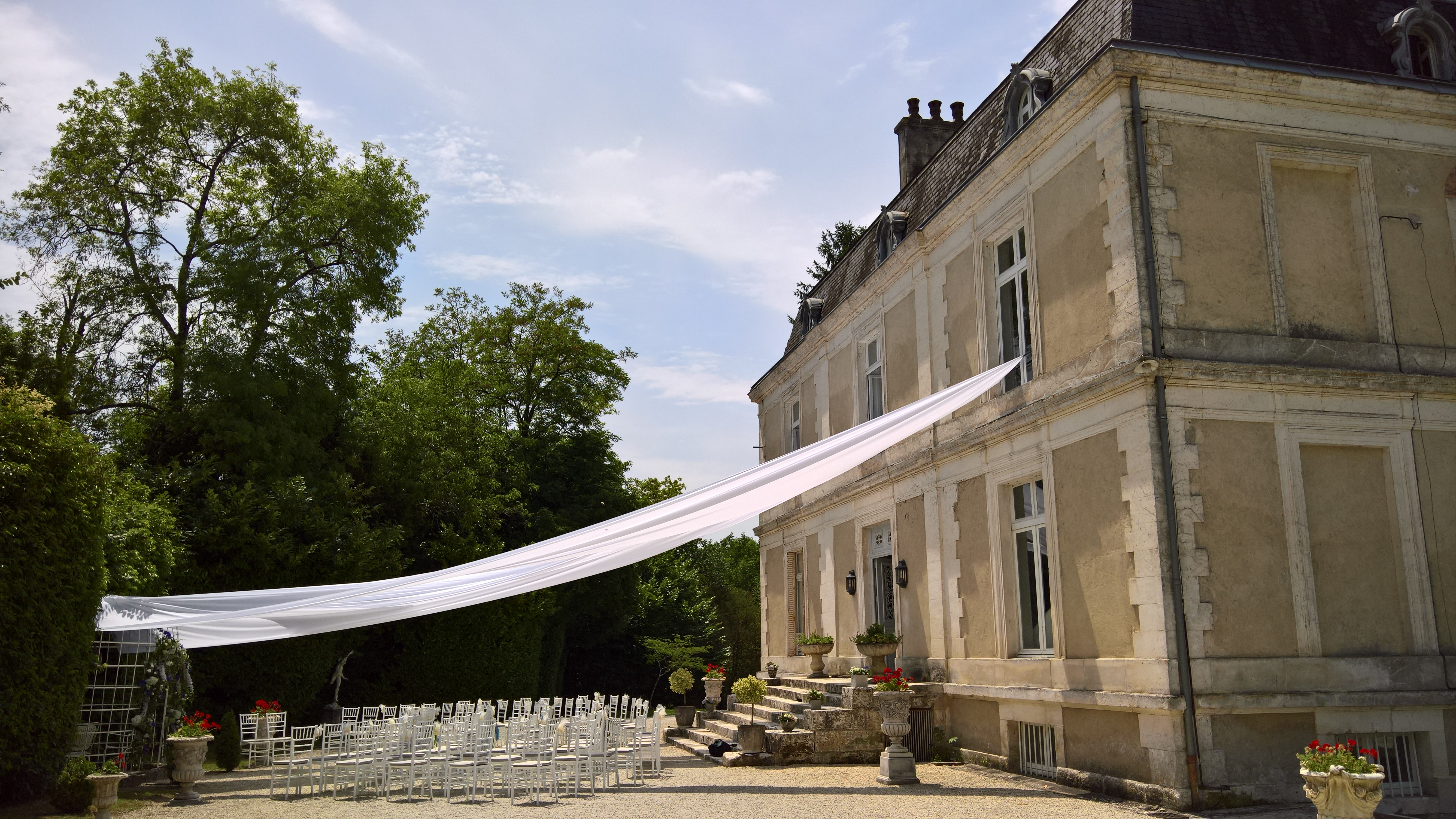 exclusif & romantic Chateau to rent in Dordogne