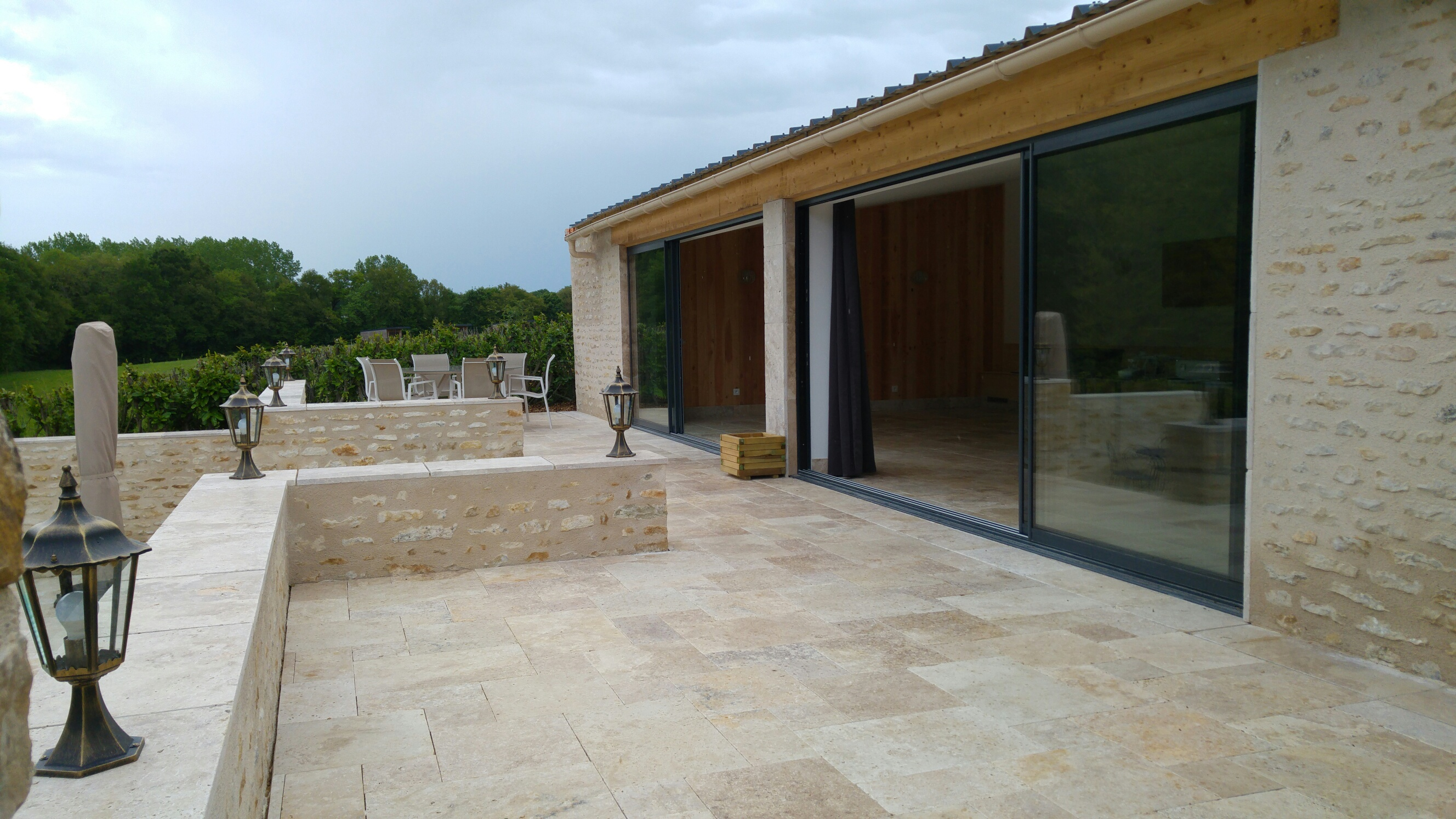 South West France large holiday rental with pool for guests in chateau