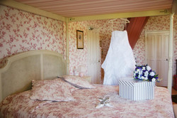 Elegant French Castle to rent for Hen party in bordeaux vineyard