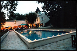 destination wedding venue in South west France between vineyards in chateau hotel