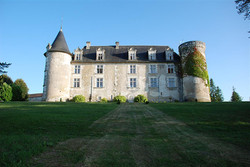 French Chateau to rent for Stag party in Dordogne, France