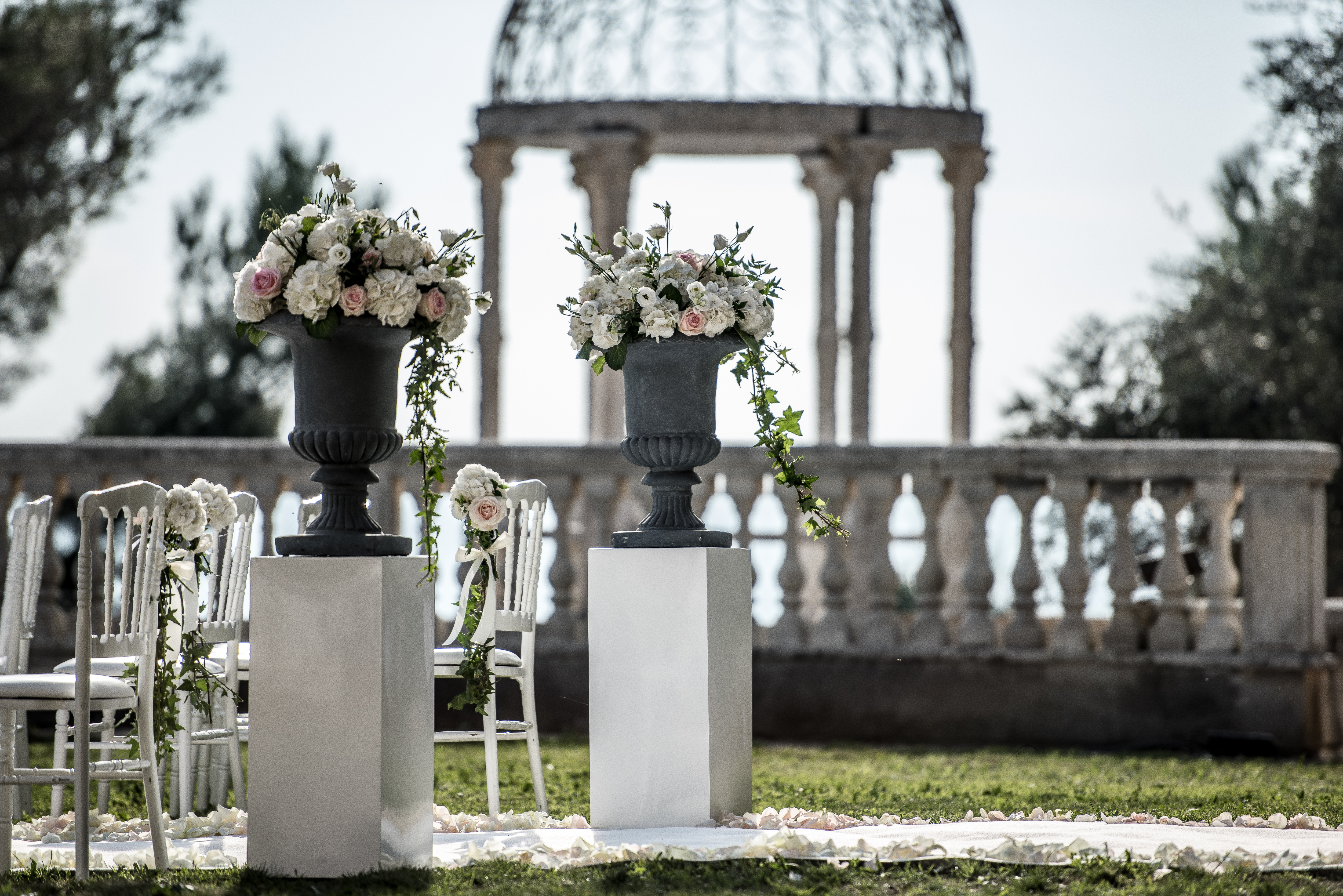 wedding venue in a chateau in south of France with sea view