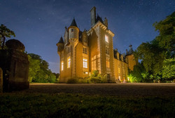 elegant chateau to rent for wedding venue in France