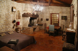 Chateau to rent with accommodation & pool in South of France , Bordeaux
