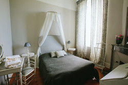 Bordeaux self-catering chateau to rent for wedding venue in France