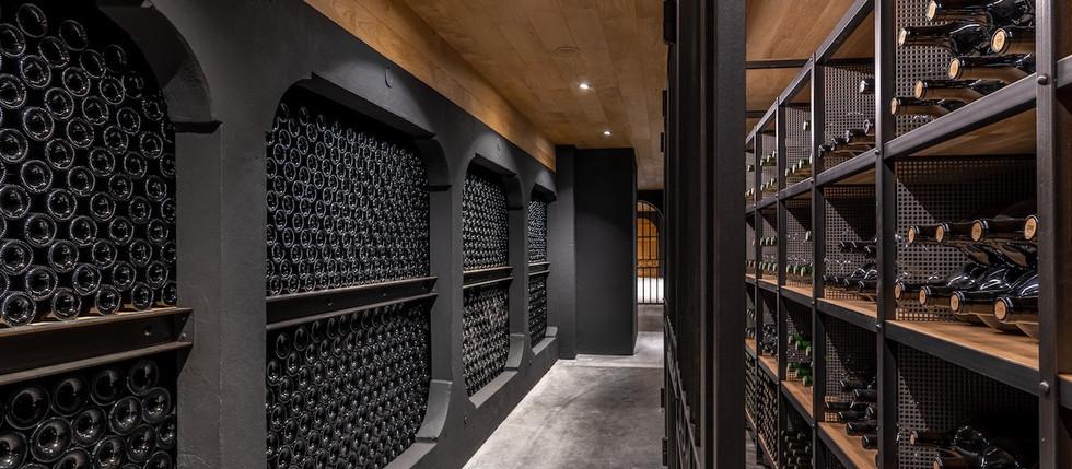 wedding venue in French winery , near Bordeaux