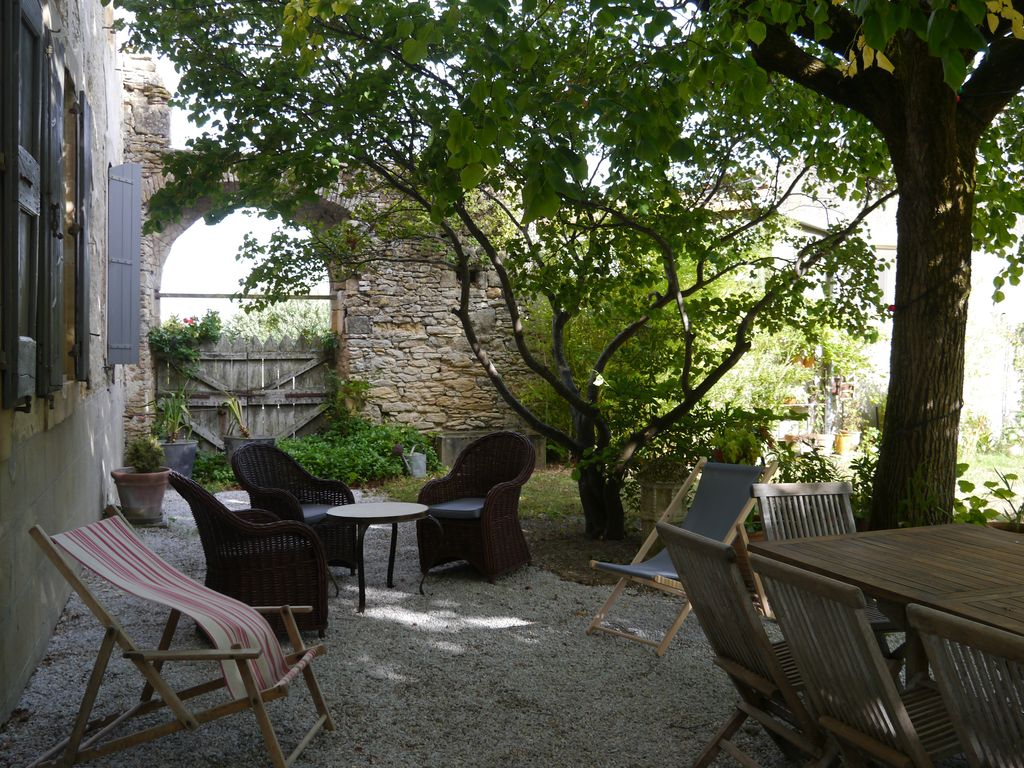French castel to rent in South of France with pool