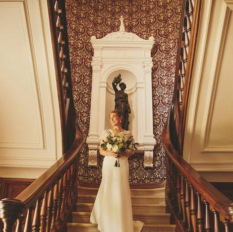 exclusif destination wedding venue in french chateau in dordogne