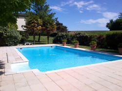chateau to rent in France for holiday trip and party