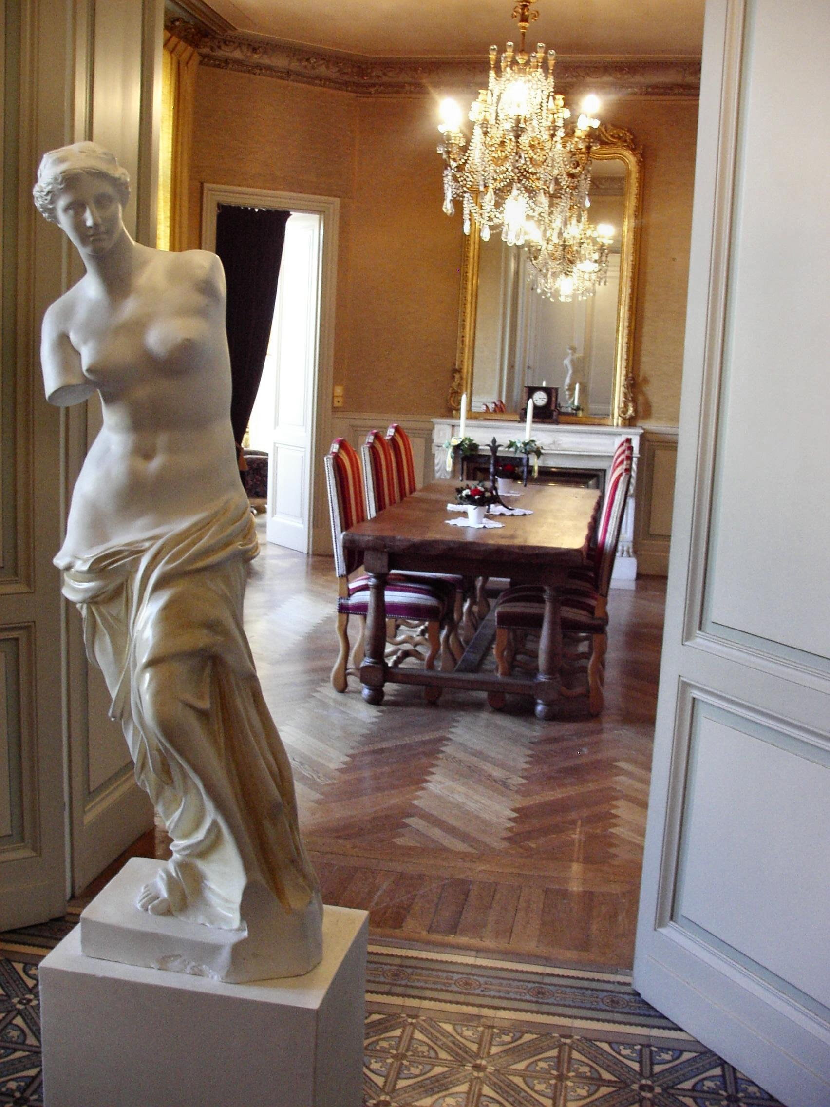 Bordeaux, chateau to rent with SPA & pool in South West France
