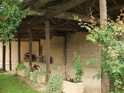 SPA retreat in chateau in France with Pool & accommodation + Wine tours