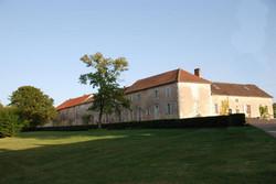 villa rental and Luxury wine tour near bordeaux