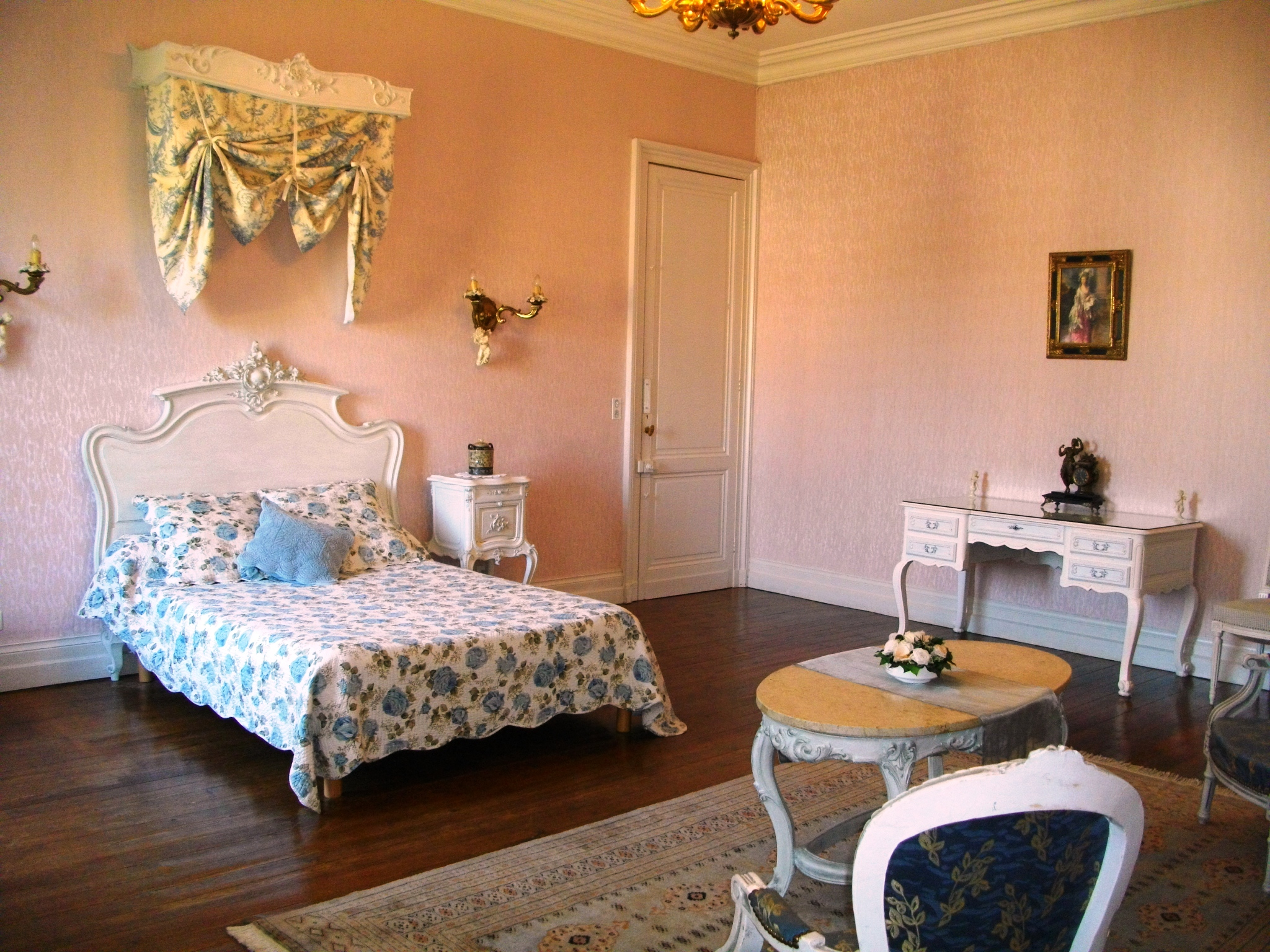 Castle to rent in south west France with pool & SPA , Bordeaux