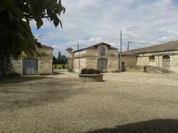 Chateau wedding venue to rent in South of France, near Bordeaux