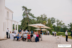 Holiday rental & wedding venue to hire in French chateau with pool