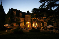 French exclusif property to rent for holiday with pool in Bordeaux