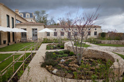 chateau to rent for weddings & receptions in vineyards , in France near Bordeaux