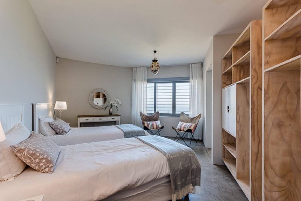 Holiday accommodation Brenton-on-sea