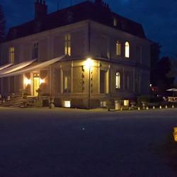 elegant & romantic destination wedding venue to rent with  private pool in dordogne