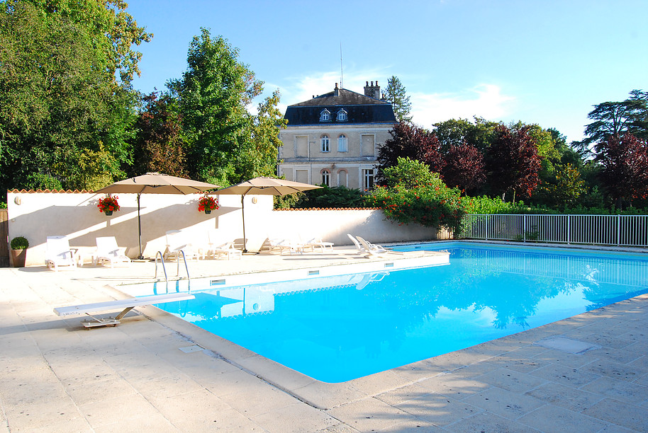 holiday castle to rent in dordogne
