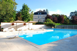 exclusif wedding venue in chateau rental in south of France